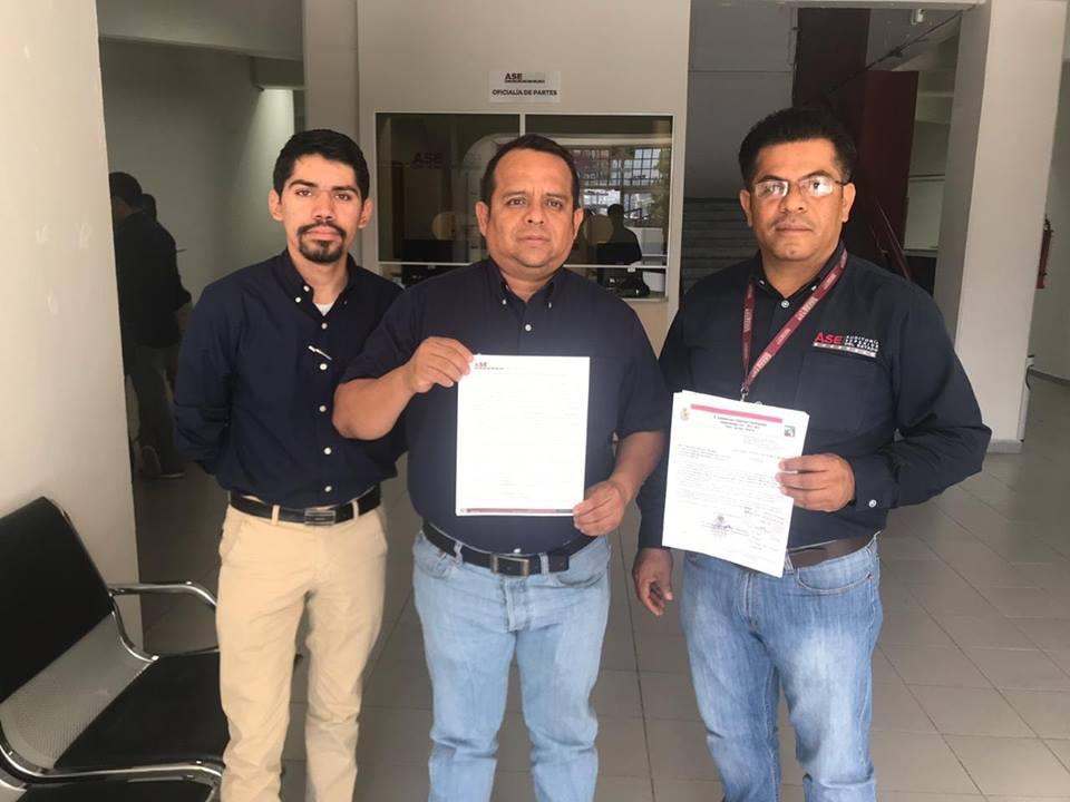 TESORERÍA MUNICIPAL ENTREGANDO LO CORRESPONDIENTE A LA CUENTA PUBLICA DEL MUNICIPIO.
